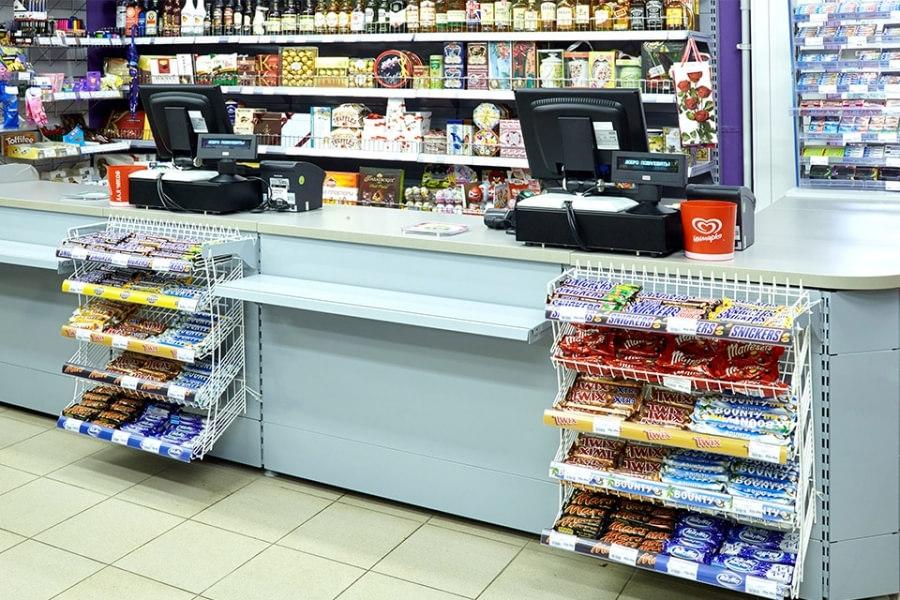 Сопутствующие товары в супермаркете